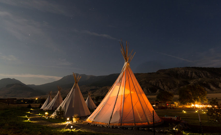 Yellowstone Tipi Hotel
